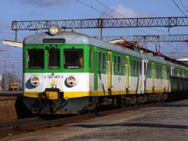 Opóźnienia na kolei Koleje Mazowieckie